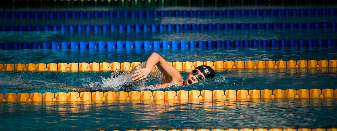 Rebel Elite Fitness Lady Swimming